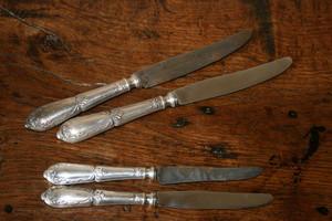 Couteaux et Pièces de Service, prestations de restauration et réparation, à L'Atelier des Orfèvres à Saint Fort